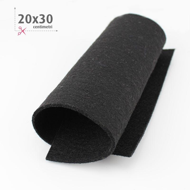 FELTRO NERO 20X30 CM