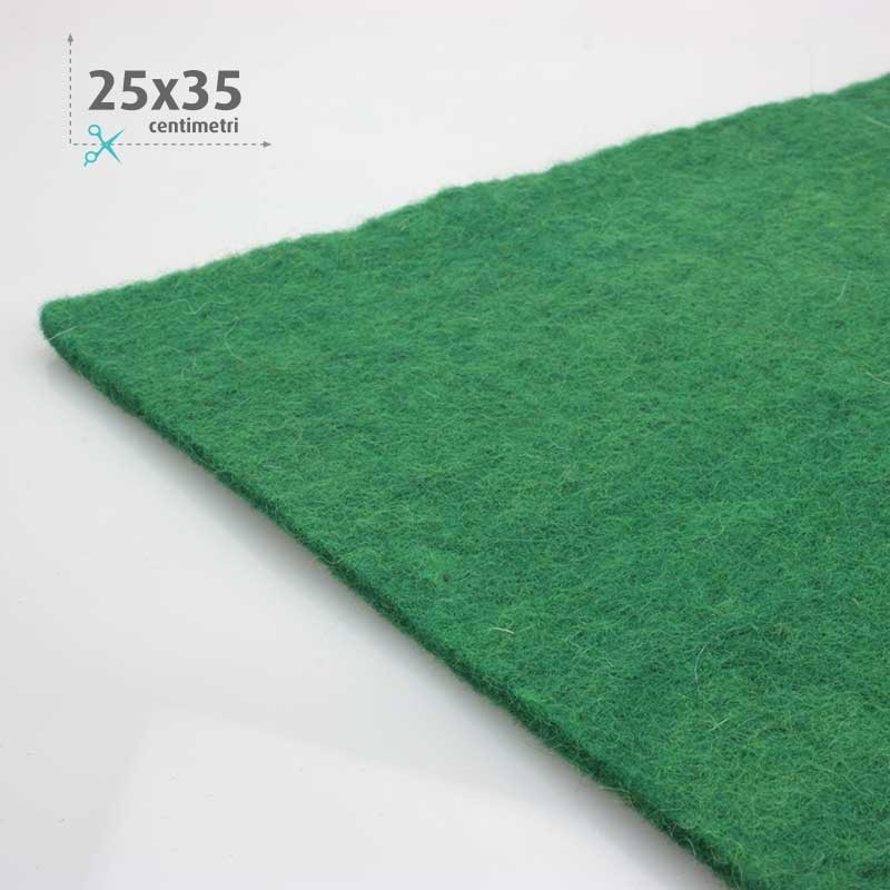 WOOL FELT DARK GREEN 25x35 CM